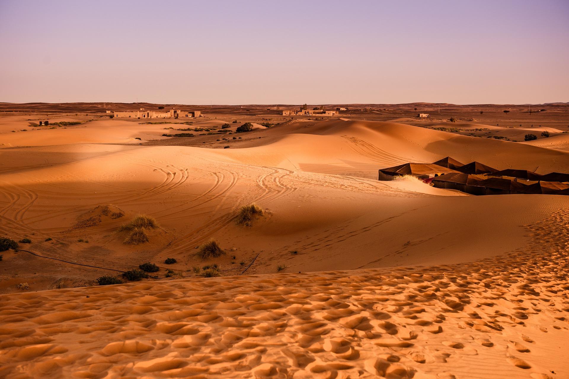 desert-1270330_1920
